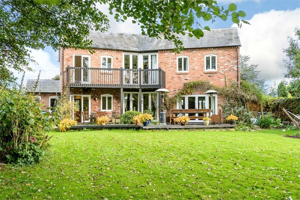 4 Bedrooms Detached House for sale in Tyberton, Herefordshire