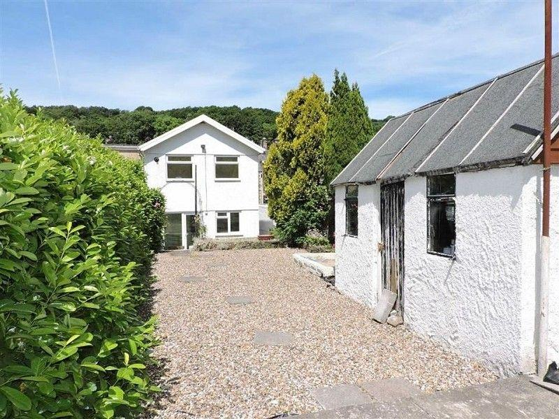 2 Bedrooms Semi Detached House for sale in Swansea Road, Trebanos, Pontardawe.