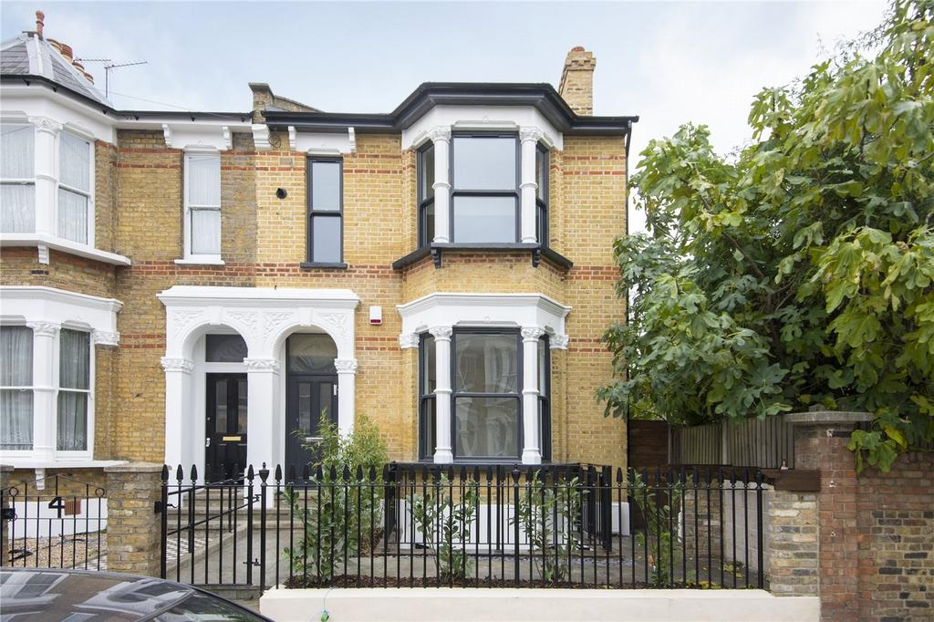 3 Bedrooms Flat for sale in Muston Road, London, E5