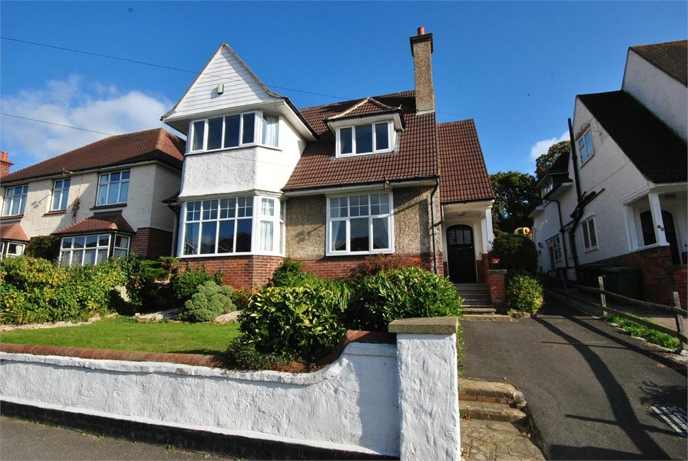 4 Bedrooms Detached House for sale in Amherst Road, BEXHILL-ON-SEA, East Sussex