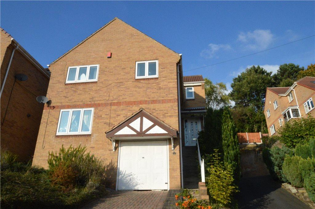 4 Bedrooms Detached House for sale in Ivy Chase, Pudsey, West Yorkshire