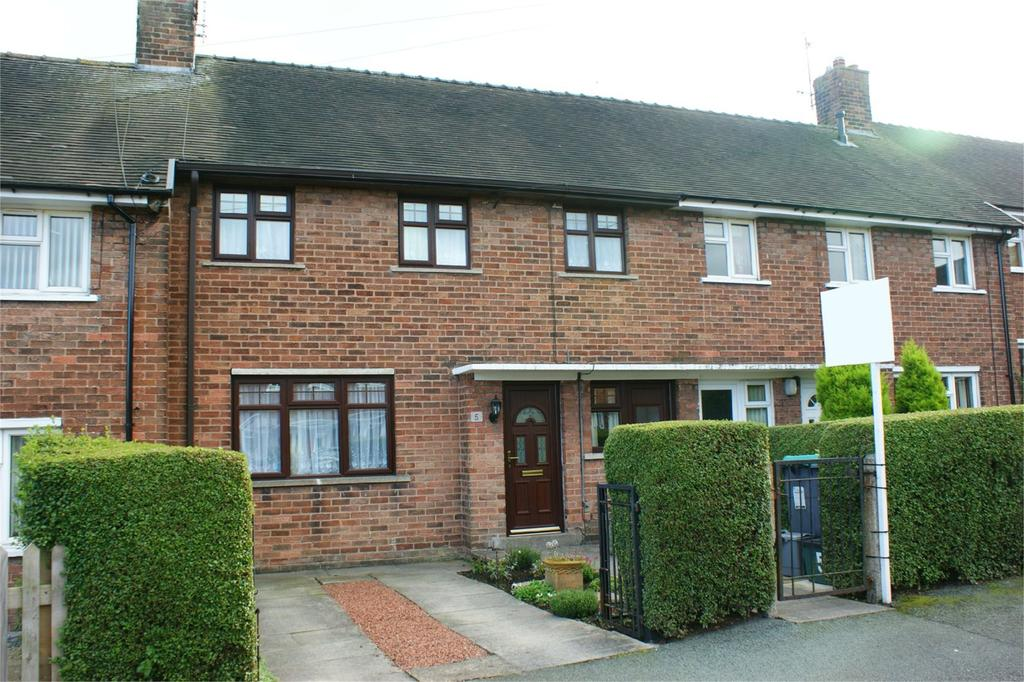 3 Bedrooms Terraced House for sale in Lansbury Grove, Southsea, Wrexham, LL11
