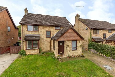 3 bedroom detached house to rent - Ridgewood Gardens, Harpenden, Hertfordshire