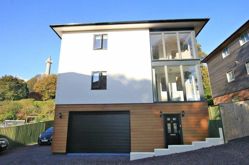4 Bedrooms Detached House for sale in Llanfairpwllgwyngyll, Anglesey
