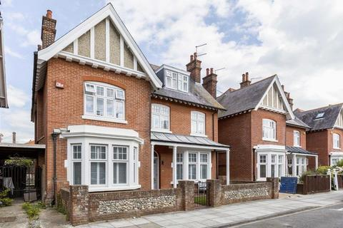 4 bedroom detached house to rent - Cousins Grove, Southsea