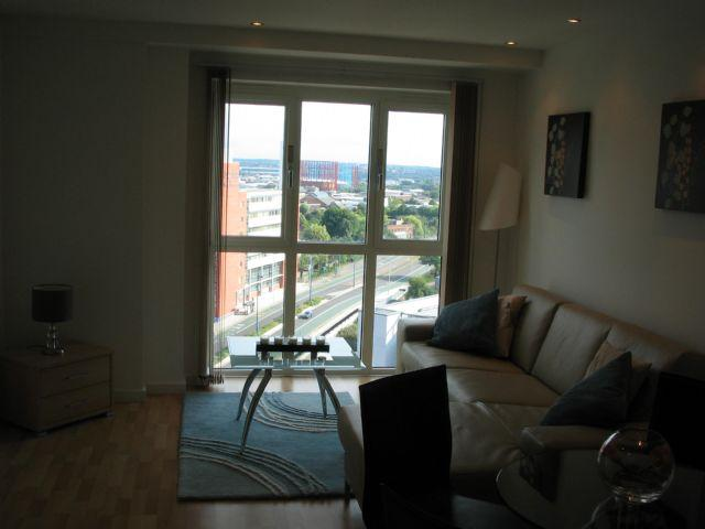 2 Bedrooms Apartment Flat for sale in 12TH FLOOR MASSHOUSE 2 BED - WITH PARKING