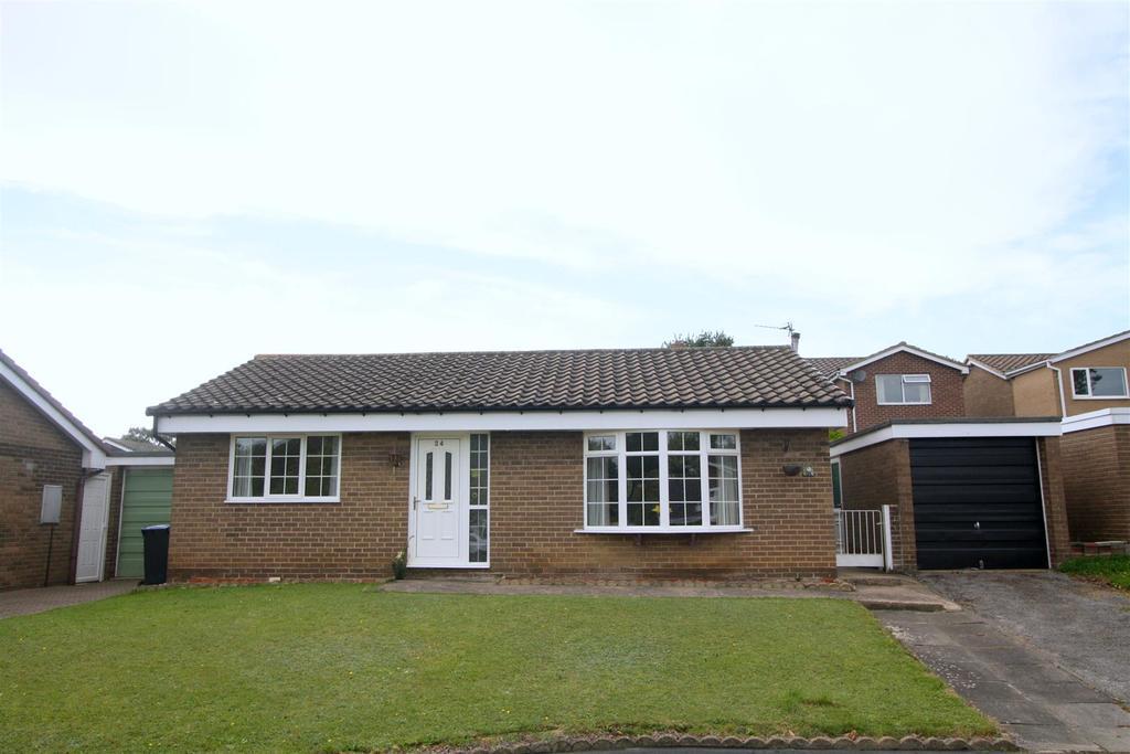 2 Bedrooms Detached Bungalow for sale in Millfields, Newton Aycliffe