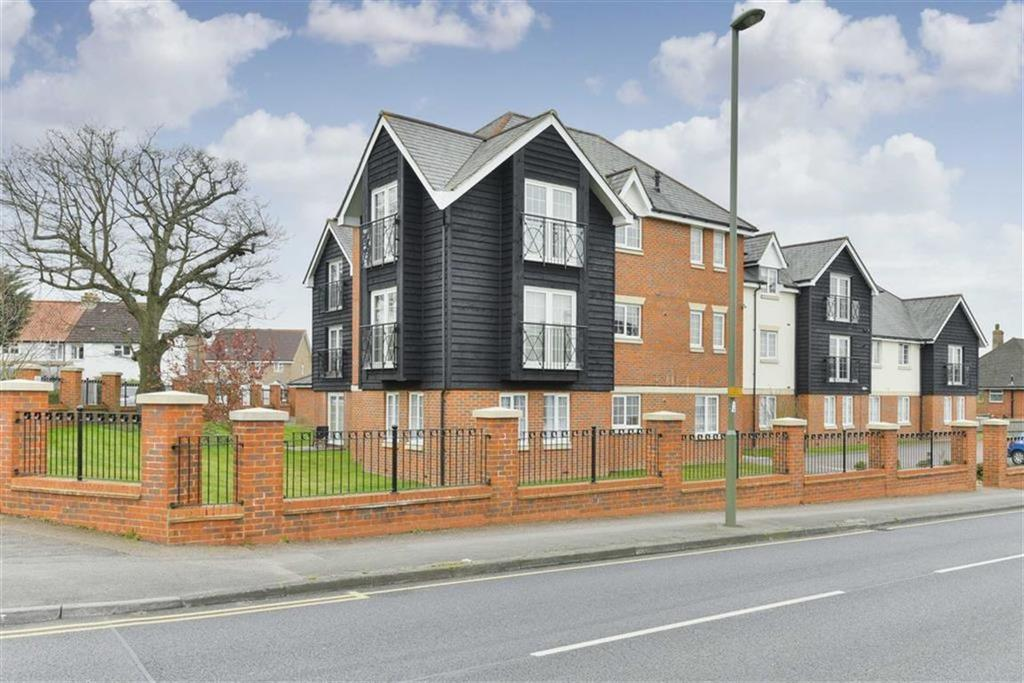 2 Bedrooms Flat for sale in Ashdown Place, Epsom, Surrey
