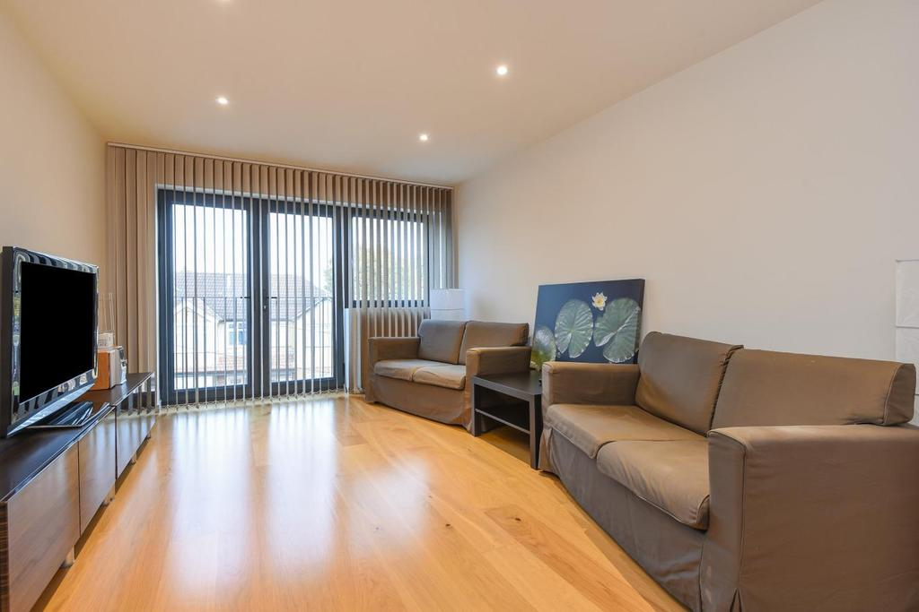 2 Bedrooms Flat for sale in Red Lion Road, Surbiton, KT6