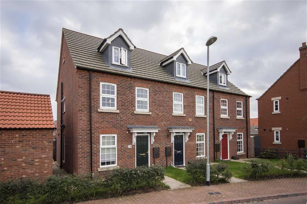 3 Bedrooms Town House for sale in Larkspur Way, Spalding