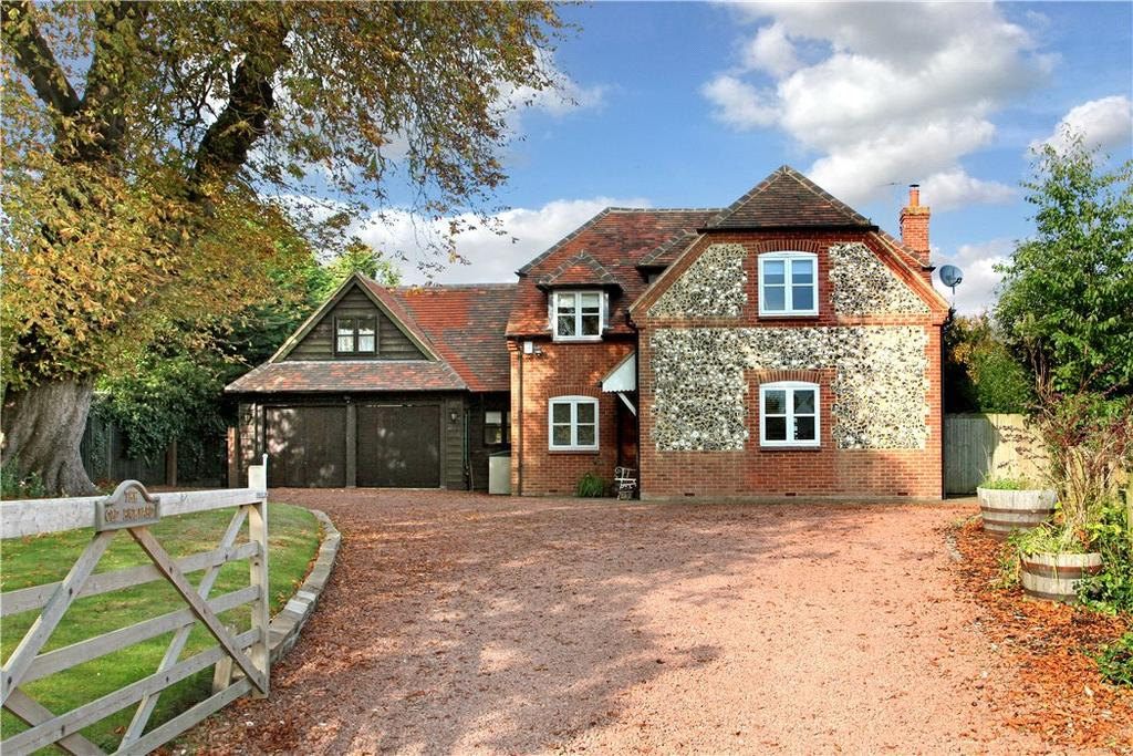 5 Bedrooms Detached House for sale in Sydenham Road, Sydenham, Chinnor, Oxfordshire, OX39