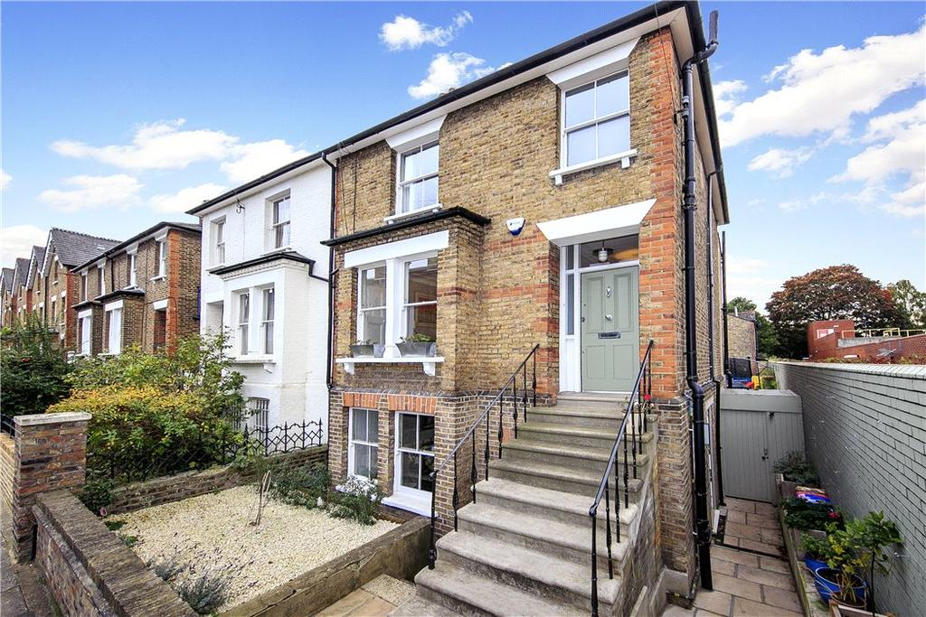 3 Bedrooms Semi Detached House for sale in Grosvenor Road, Richmond, TW10