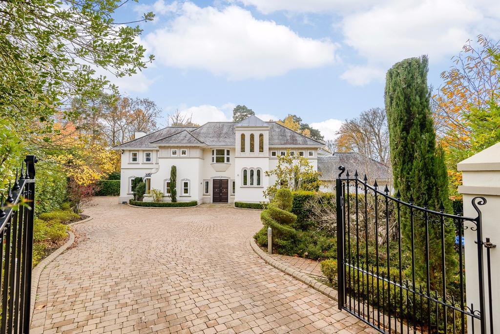 5 Bedrooms Detached House for sale in Spring Woods, Wentworth, Virginia Water