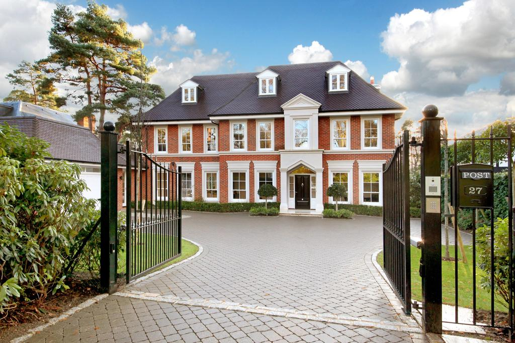 6 Bedrooms Detached House for sale in Abbots Drive, Wentworth Estate, Virginia Water, Surrey, GU25 4SE