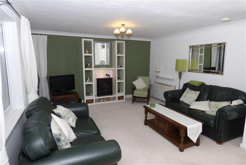 2 Bedrooms Flat for sale in Norwood Court, Benton