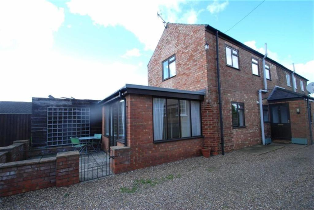 2 Bedrooms Semi Detached House for sale in Main Road, Wrangle, Boston