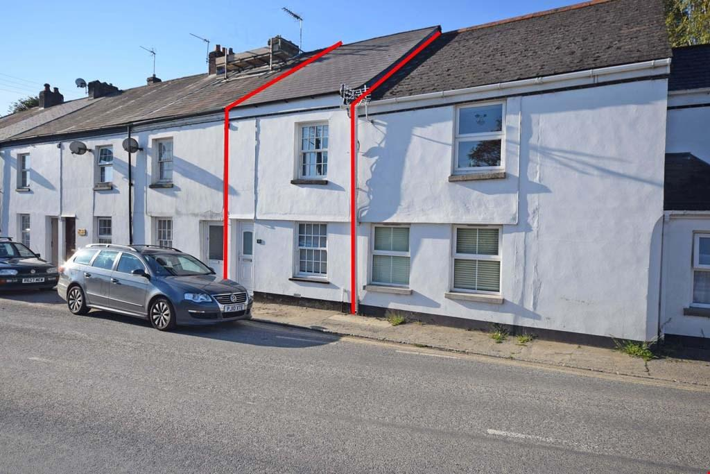 2 Bedrooms Terraced House for sale in Par, Cornwall , PL24