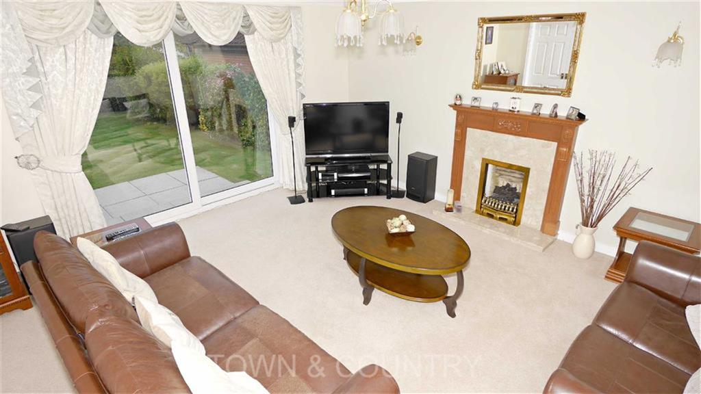 4 Bedrooms Detached House for sale in Chaucer Close, Ewloe, Deeside, Flintshire