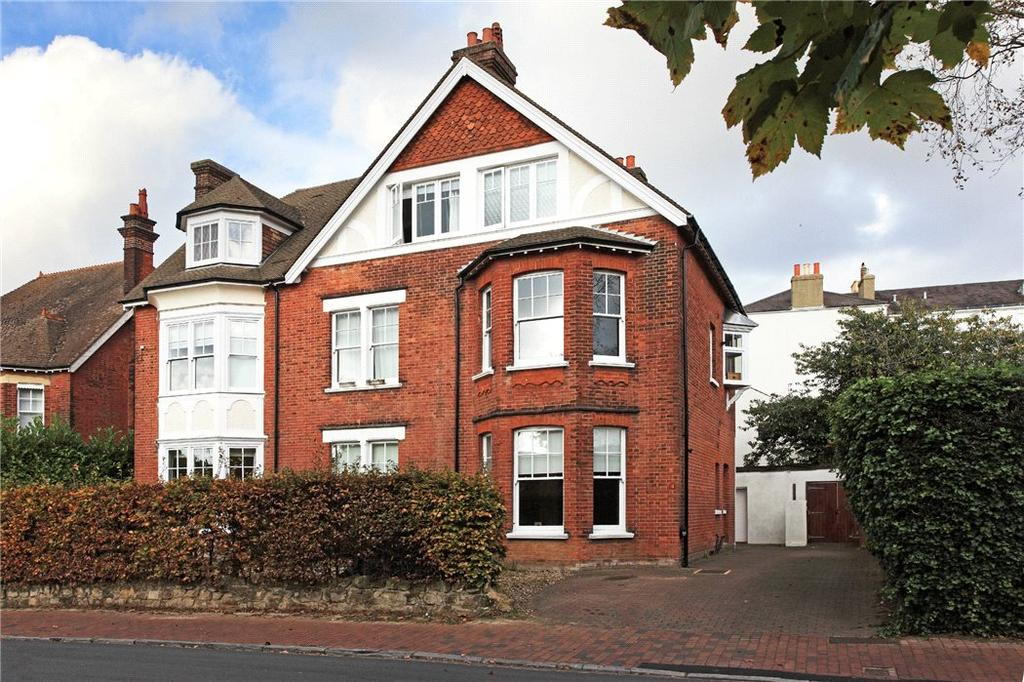 1 Bedroom Flat for sale in Boyne Park, Tunbridge Wells, Kent, TN4