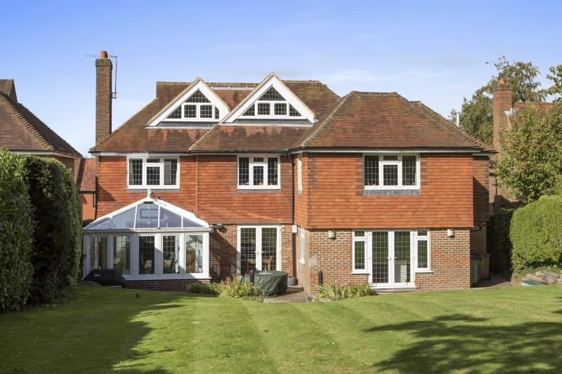 6 Bedrooms Detached House for sale in Gateways, Guildford