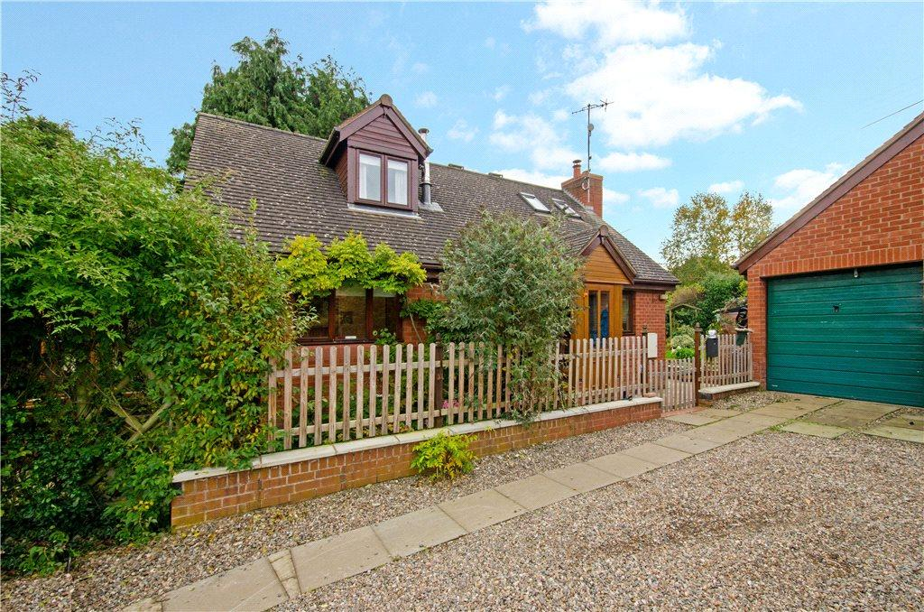 3 Bedrooms Detached Bungalow for sale in Bank Road, Little Witley, Worcester, Worcestershire, WR6
