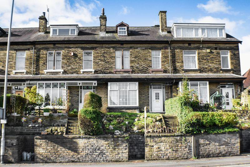 4 Bedrooms Terraced House for sale in Bradford Road, Shipley