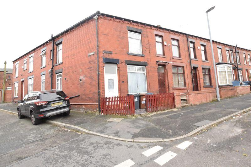 4 Bedrooms End Of Terrace House for sale in Villa Road, Oldham
