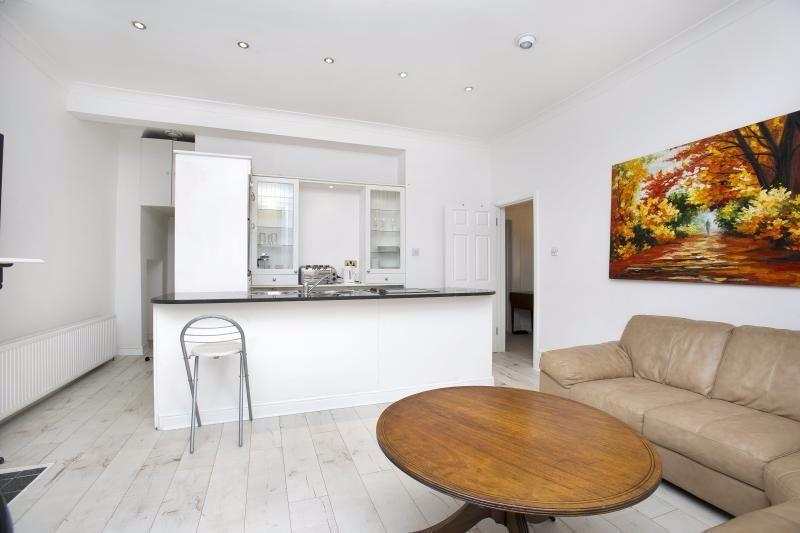 2 Bedrooms Apartment Flat for sale in Richmond Road, St. Margarets, Twickenham, TW1