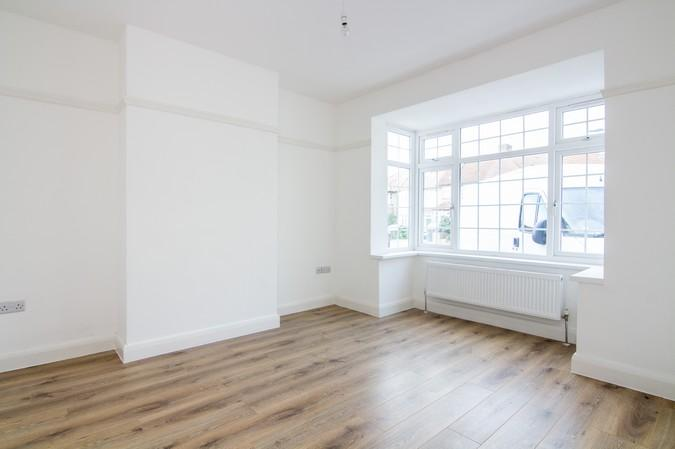 5 Bedrooms Terraced House for sale in St. Ursula Road, Southall