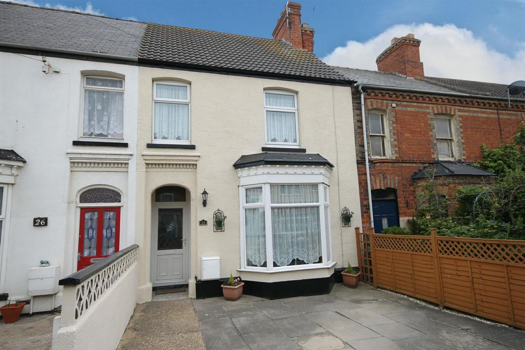 4 Bedrooms Terraced House for sale in 24 Fitzwilliam Street, Mablethorpe