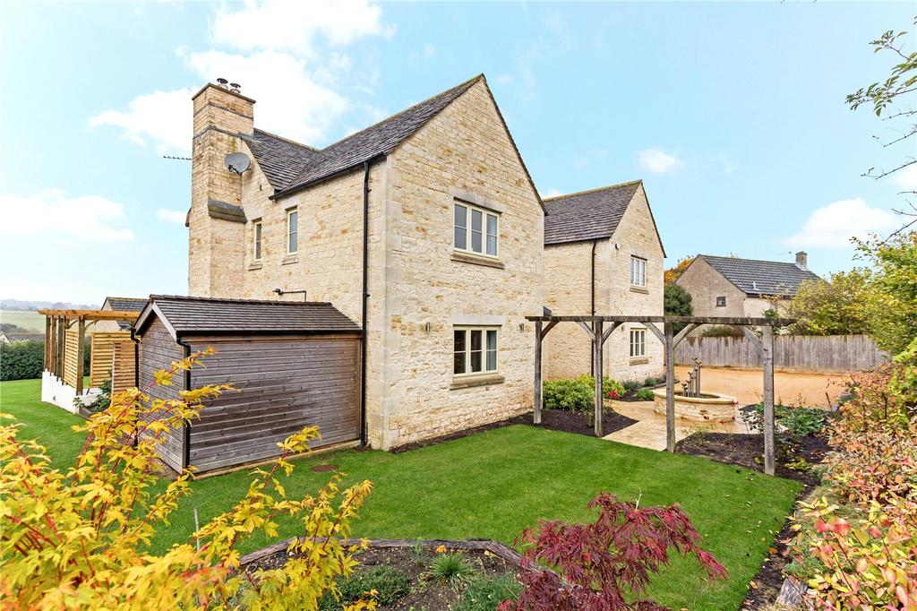 5 Bedrooms Detached House for sale in Chavenage Lane, Tetbury, Gloucestershire