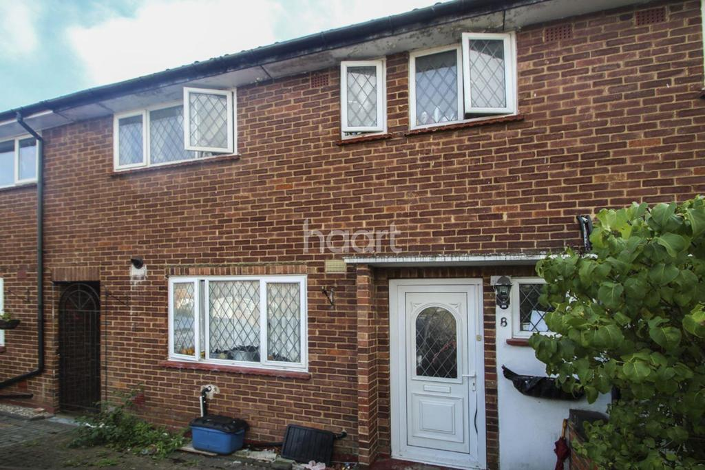 3 Bedrooms Terraced House for sale in Crown Road, Borehamwood