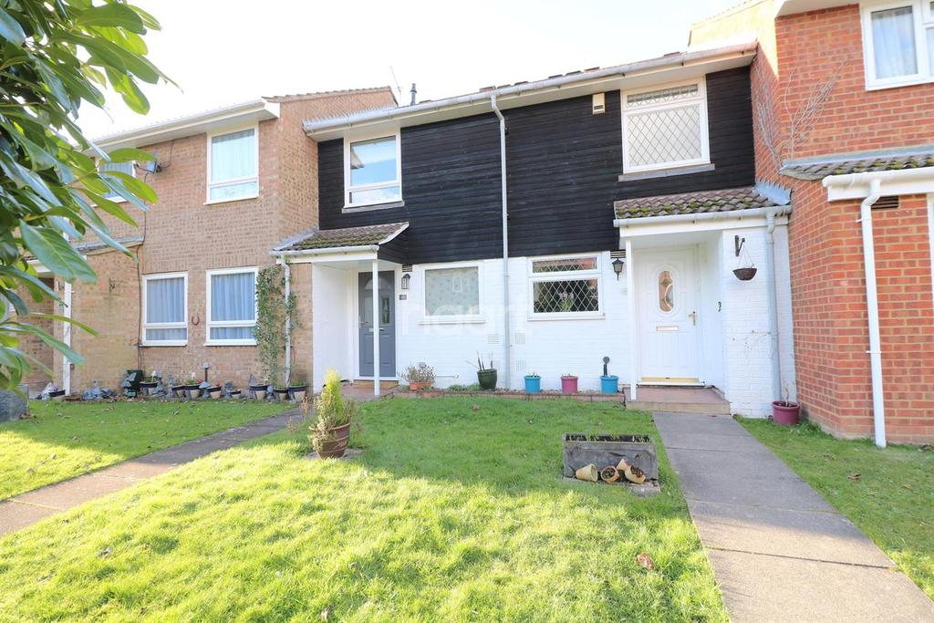 2 Bedrooms Terraced House for sale in Holyport