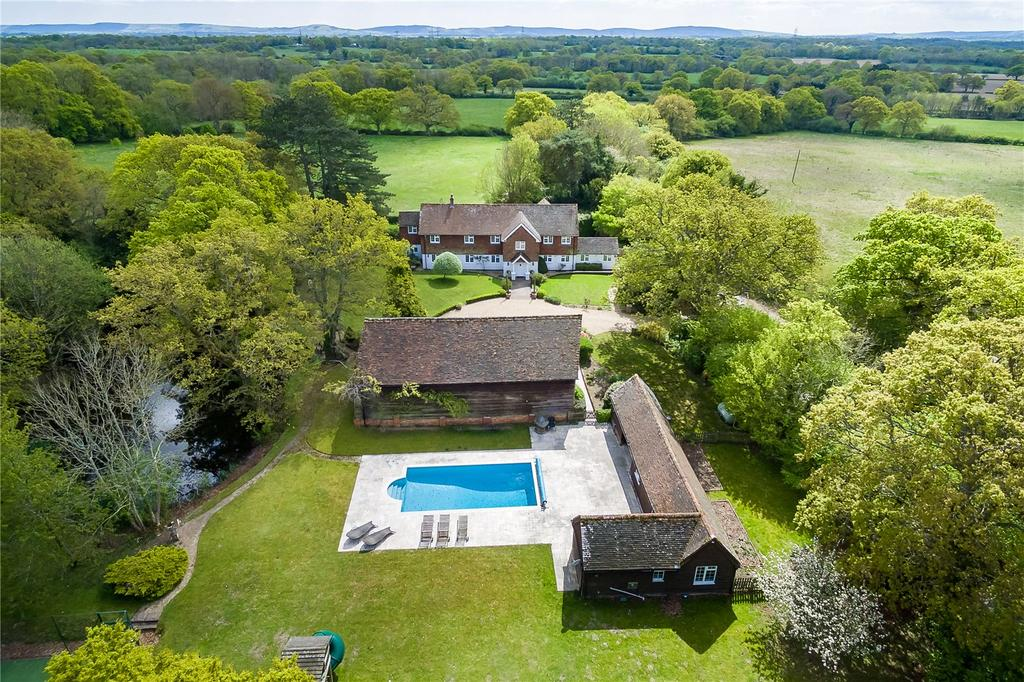 4 Bedrooms Detached House for sale in Picts Lane, Cowfold, West Sussex