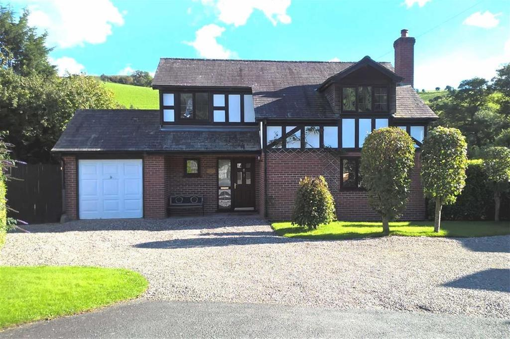 4 Bedrooms Detached House for sale in Rose Cottage, 2, St Michaels Close, Manafon, Welshpool, Powys, SY21