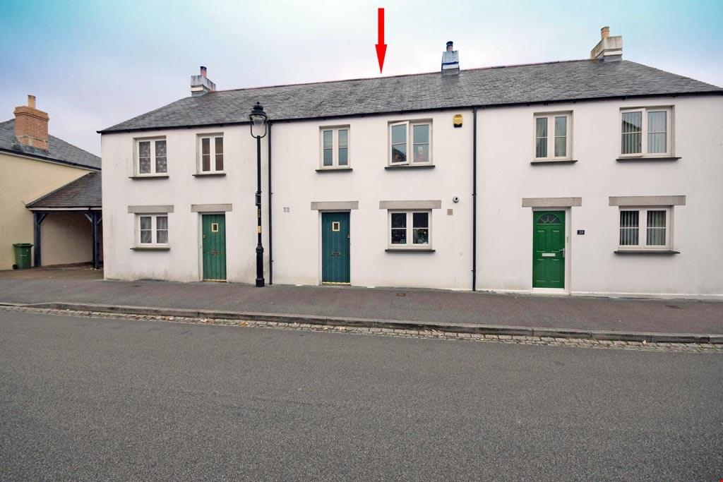 3 Bedrooms Terraced House for sale in St Austell, Cornwall, PL25