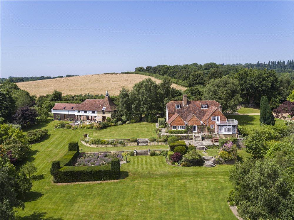 8 Bedrooms Detached House for sale in Blackham, Tunbridge Wells, East Sussex, TN3