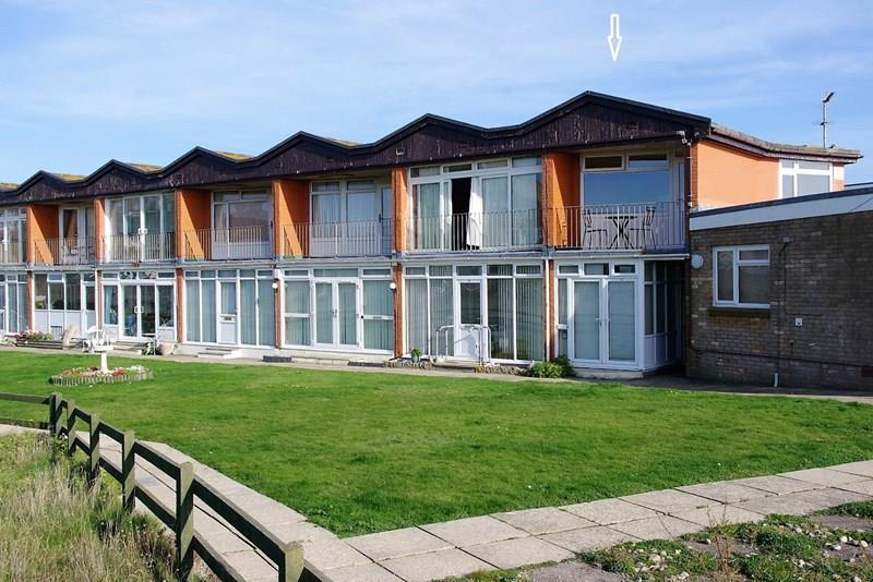 1 Bedroom Flat for sale in Kingfisher Court, West Bay, Bridport