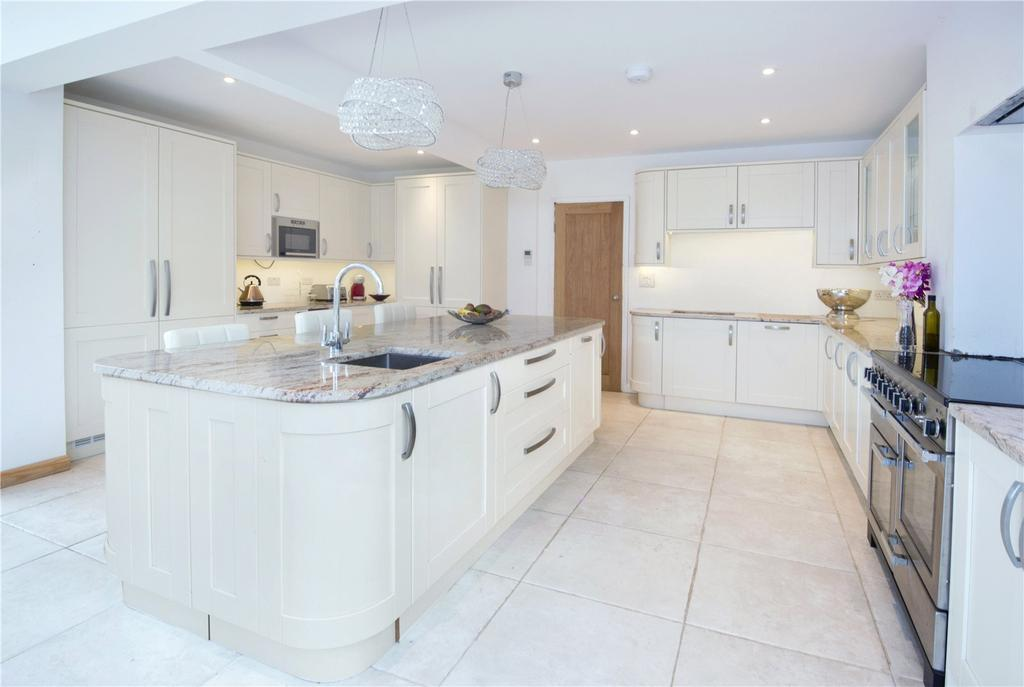 4 Bedrooms Semi Detached House for sale in Stanford Lane, Hadlow, Kent, TN11