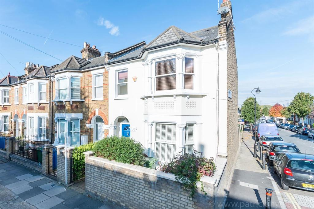 3 Bedrooms End Of Terrace House for sale in Nutbrook Street, Peckham Rye, London, SE15