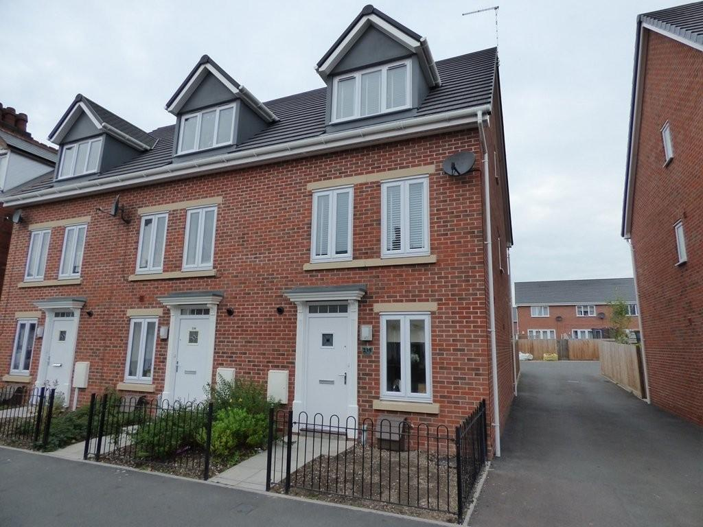 3 Bedrooms Town House for sale in Shobnall Street, Burton upon Trent