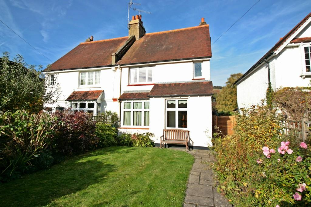 3 Bedrooms Semi Detached House for sale in The Clears, Reigate