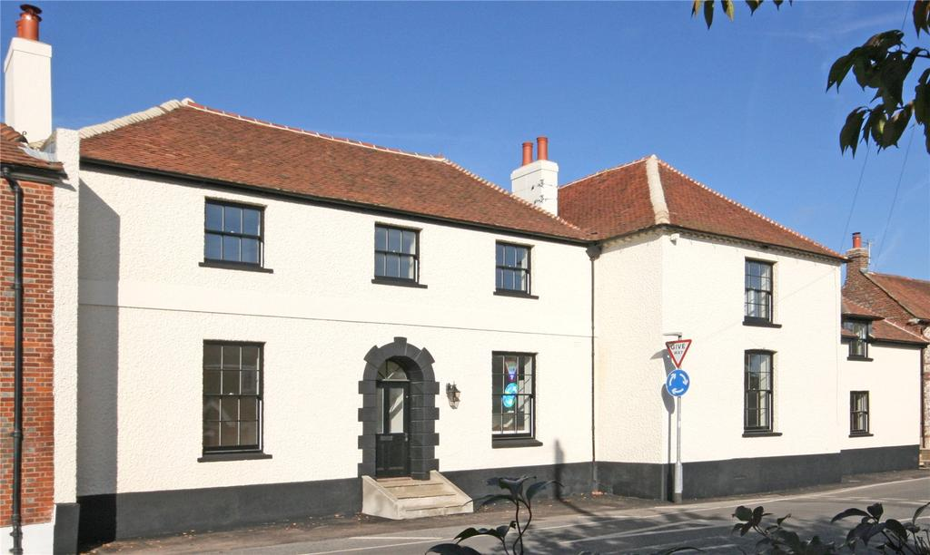 4 Bedrooms Terraced House for sale in The Coach House, Stane Street, Maudlin, Chichester