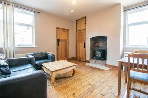 3 bedroom flat to rent - Springbank Road, Sandyford, Newcastle Upon Tyne
