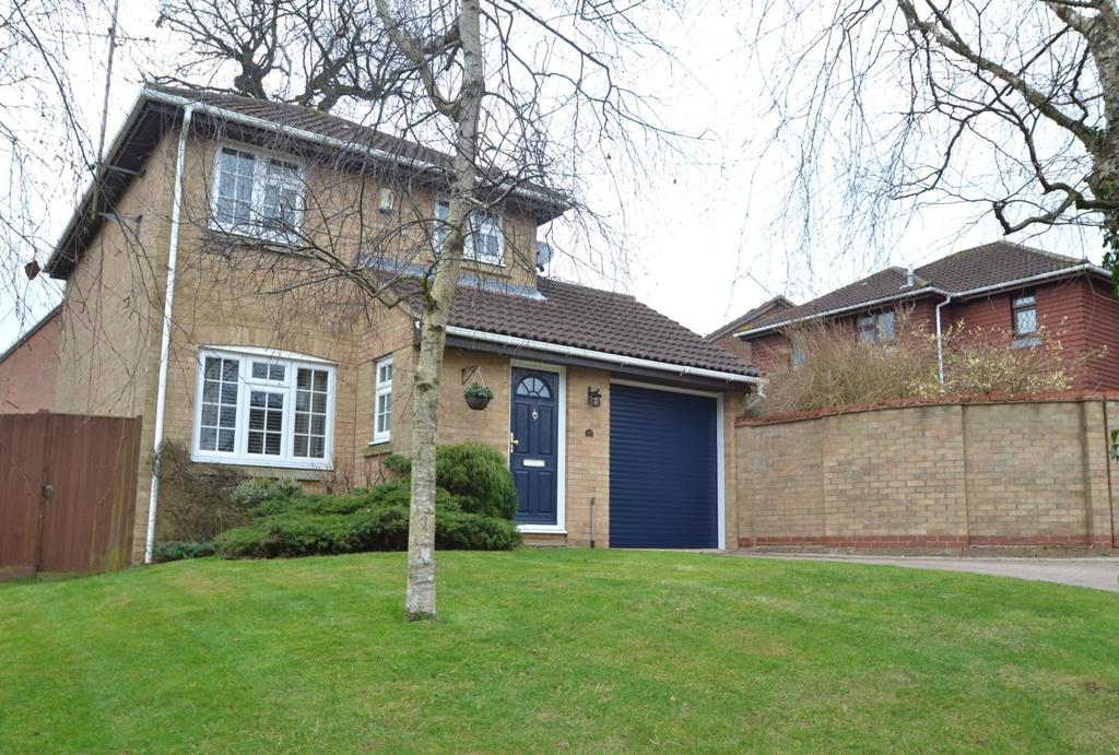 3 Bedrooms Detached House for sale in Portman Drive, Billericay, Essex, CM12
