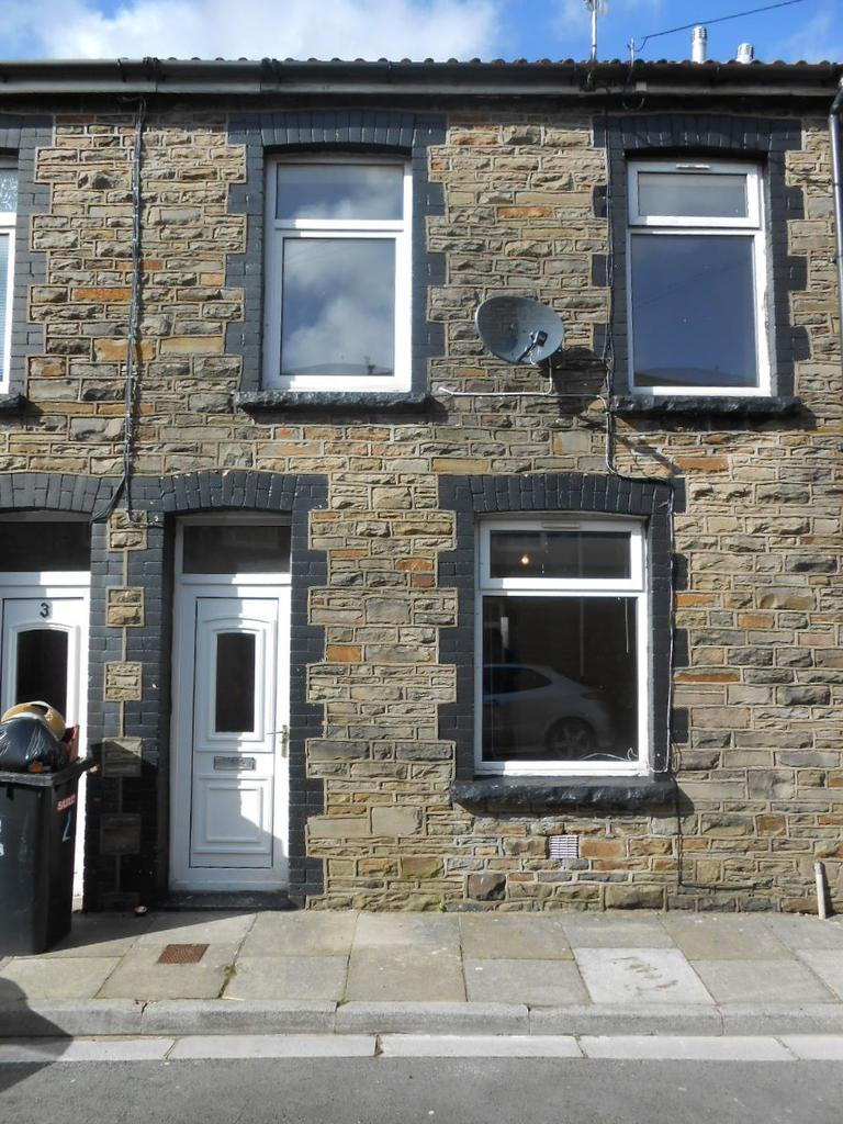3 Bedrooms Terraced House for sale in Victoria Street, Merthyr Vale