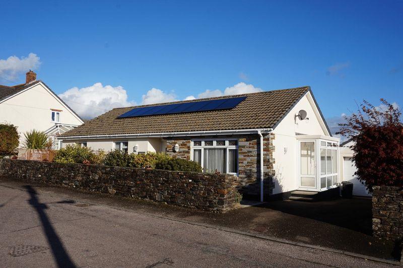 3 Bedrooms Detached Bungalow for sale in Liftondown, Lifton