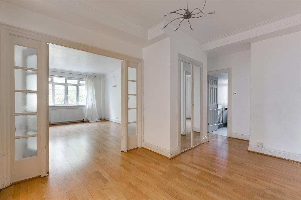 3 Bedrooms Flat for sale in Chatsworth Court, Pembroke Road, London