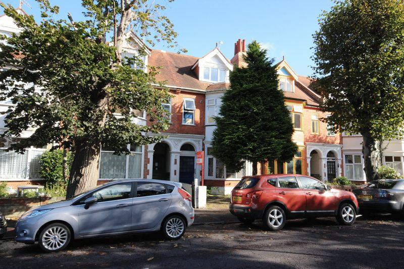 1 Bedroom Flat for sale in Fishermans Avenue, Southbourne, Bournemouth