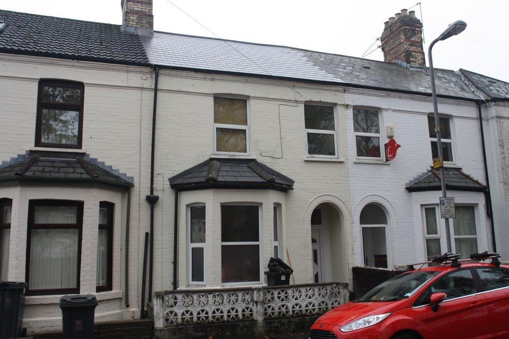 6 Bedrooms House for rent in Cogan Terrace